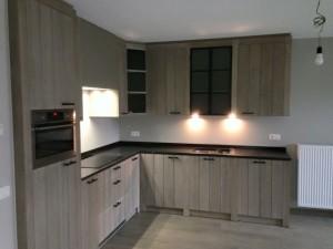 massief-eiken-keuken-526265-en-max